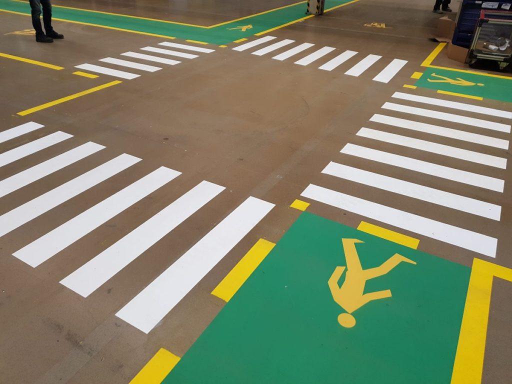 Znakowanie poziome ciągów komunikacyjnych, znakowanie posadzek betonowych, znakownaie posadzek żywicznych, ciągi komunikacyjne w magazynach